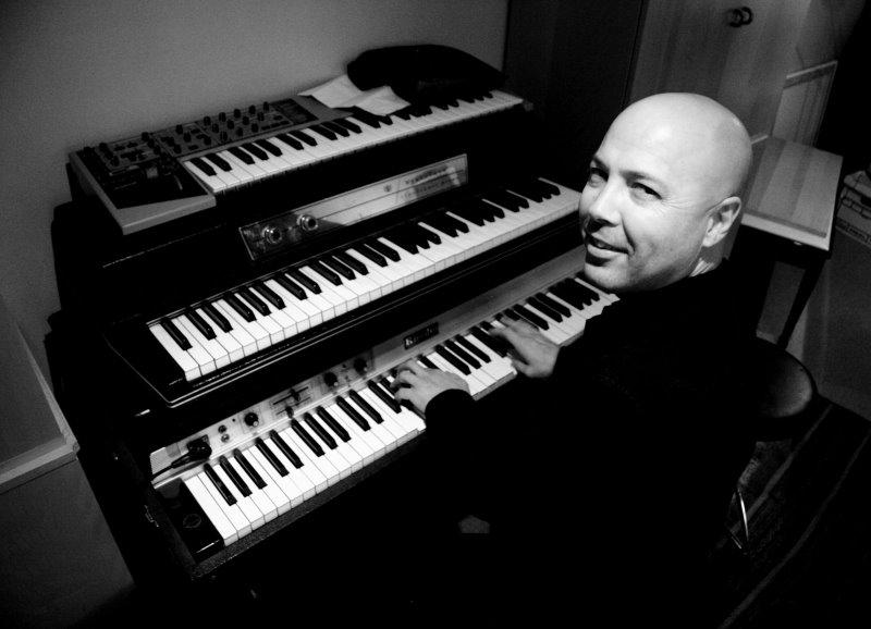 photo credit Tao Ruspoli Beasley on keyboards